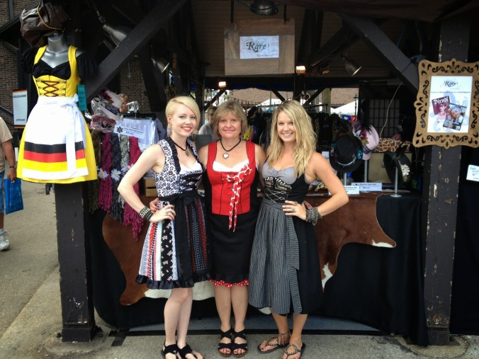 Rare Dirndl Team - Dirndl Shop in Chicago
