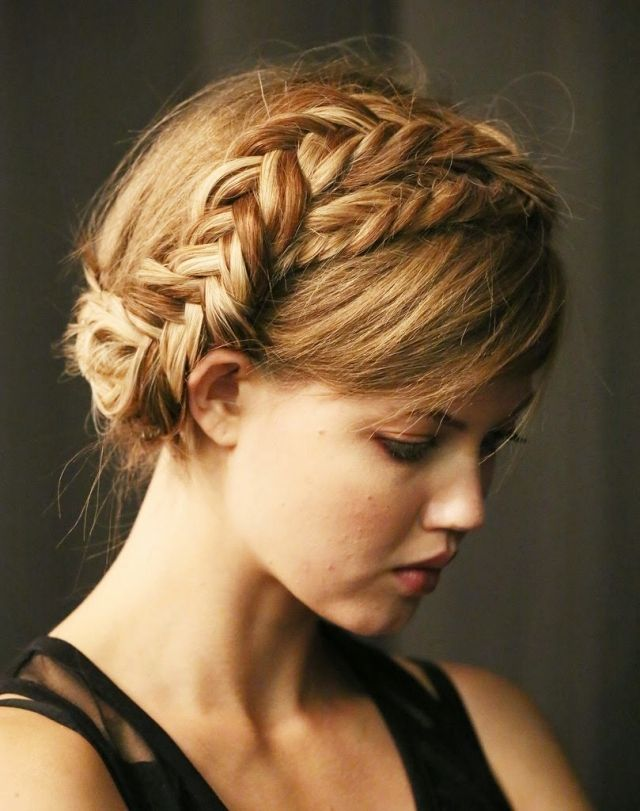 dirndl hairstyle - braid crown